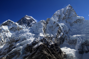 Nuptse-west-face-with-Everest-Behind
